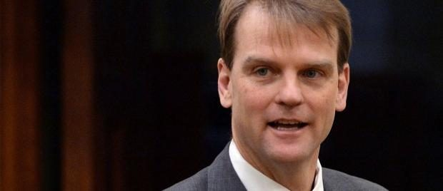 Citizenship and Immigration Minister Chris Alexander says the modernized Parent and Grandparent Program will mean 'faster processing times and shorter waits.' (Sean Kilpatrick/The Canadian Press)